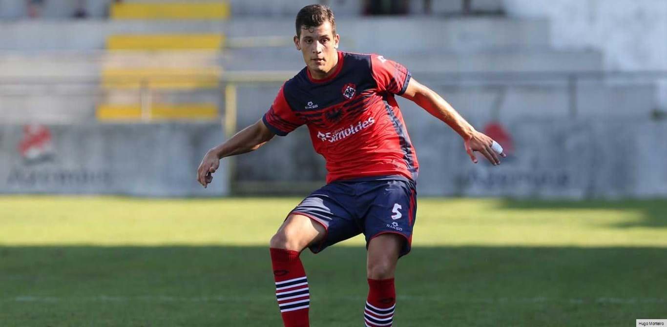 Oliveirense-Penafiel: 2-1: Penálti nos descontos determinou desfecho