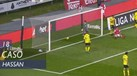 Hassan marcou golaço de calcanhar mas o vídeo-árbitro anulou