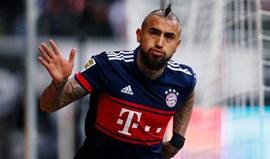 Arturo Vidal salvou Bayern na vitória em Frankfurt