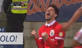 Pizzi bisou na partida antes do intervalo