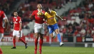 Só Nené tem agora mais jogos do que Luisão pelo Benfica