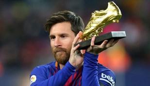 Messi mostrou Bota de Ouro em Camp Nou