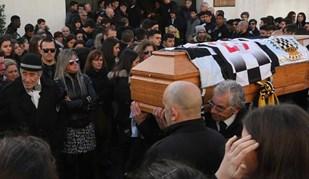 As imagens do último adeus a Edu Ferrreira