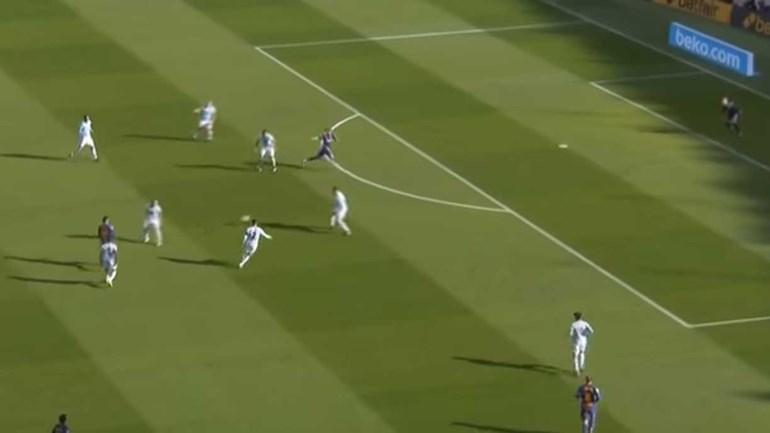 Árbitro anulou golo a Suárez... e instalou-se a polémica