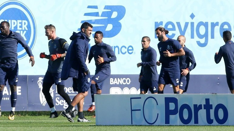 FC Porto prepara receção ao Monaco com todo o plantel à disposição
