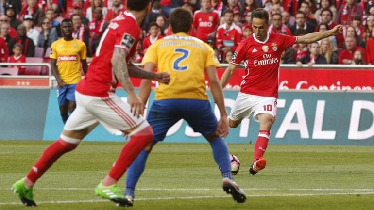 Benfica vence Estoril no Estádio da Luz (3-1)