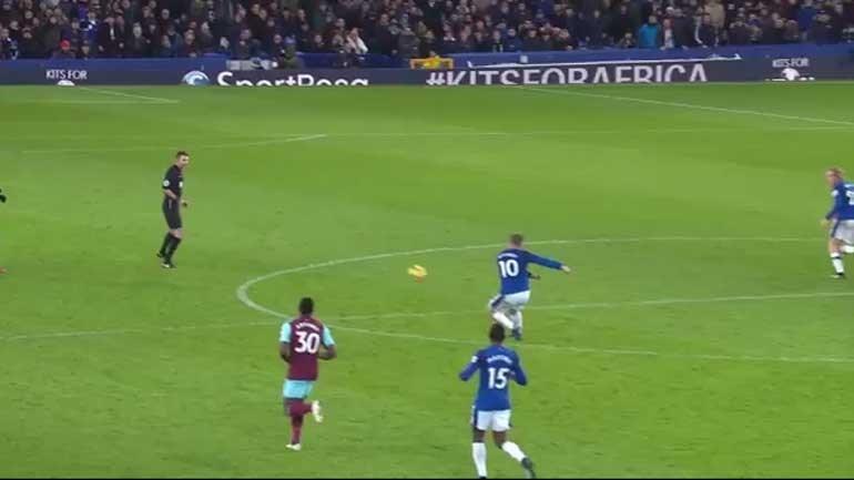 Este foi o golo do mês na Premier League