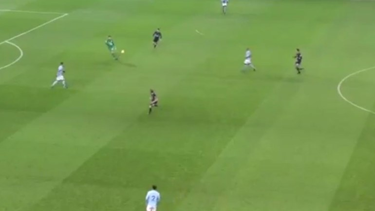 Ederson: pé esquerdo do guarda-redes é a estrela no 'best of' frente ao Tottenham