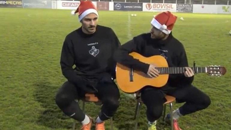 Há muitos vídeos de Natal mas este do Lusitano de Vildemoinhos tem alguma coisa de especial