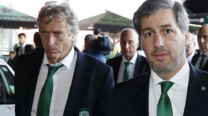 Sporting quer vender antes de comprar: quem está com um pé fora de Alvalade