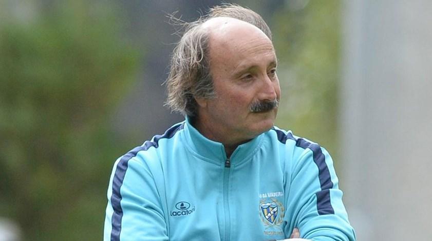José Viterbo já não é o treinador