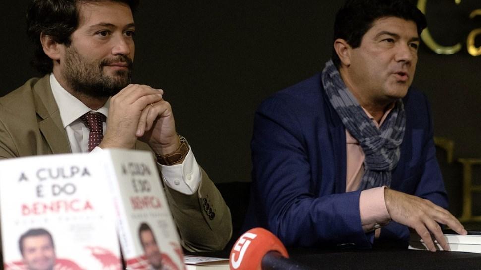 André Ventura apresenta o livro 'A culpa é do Benfica'