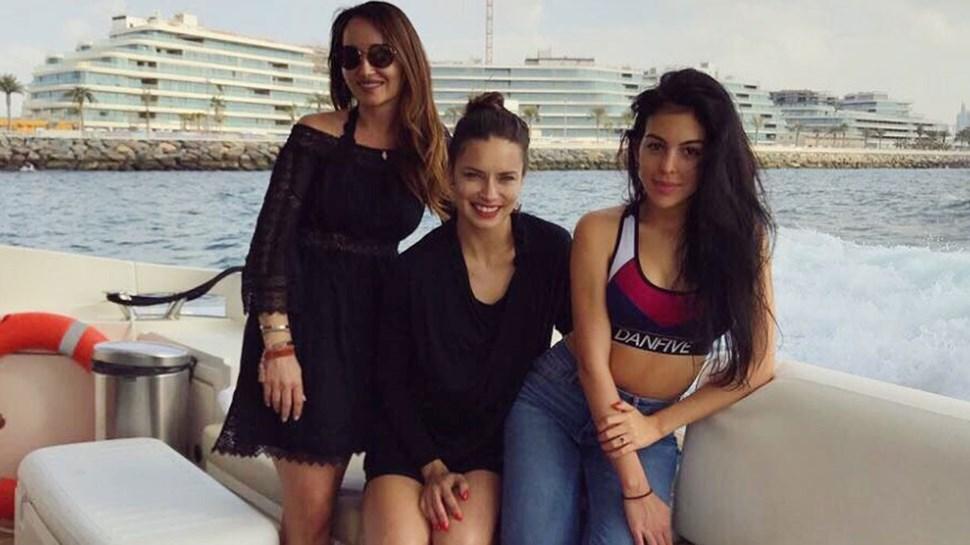 Georgina diverte-se no Dubai com Adriana Lima