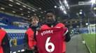 Pogba ofereceu camisola de jogo a apanha-bolas do... Everton