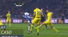 FC Porto pediu penálti neste lance de Aboubakar
