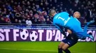 Arrepiante choque entre Anthony Lopes e Mbappé
