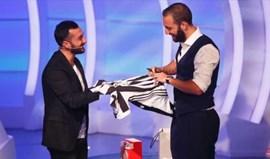 Gonzalo Higuaín emocionou Itália com uma surpresa