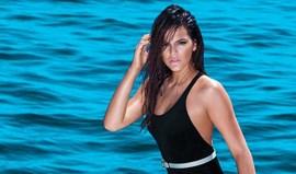 Bruna Marquezine arrasa em topless