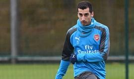 Mkhitaryan, o homem que vai ter dois números no Arsenal