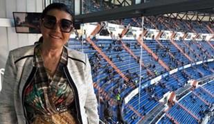 Dolores Aveiro no Bernabéu para ajudar a dar pontapé na crise