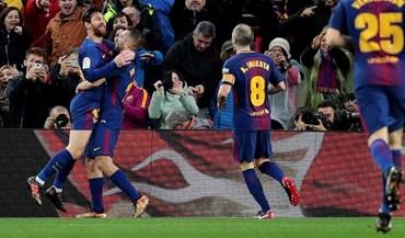Barcelona supera Levante no jogo 400 de Messi
