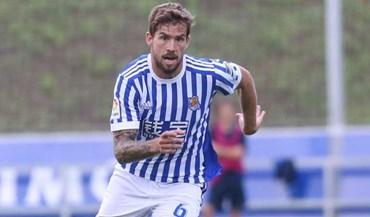 Iñigo Martínez paga cláusula à Real Sociedad e assina pelo Athletic Bilbao