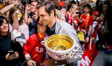 Roger Federer recebido em euforia na Suíça