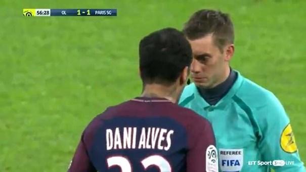 Sem Neymar, PSG é derrotado pelo Lyon na Ligue 1