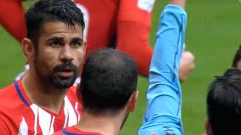 Diego Costa regressa aos relvados, marca e é expulso