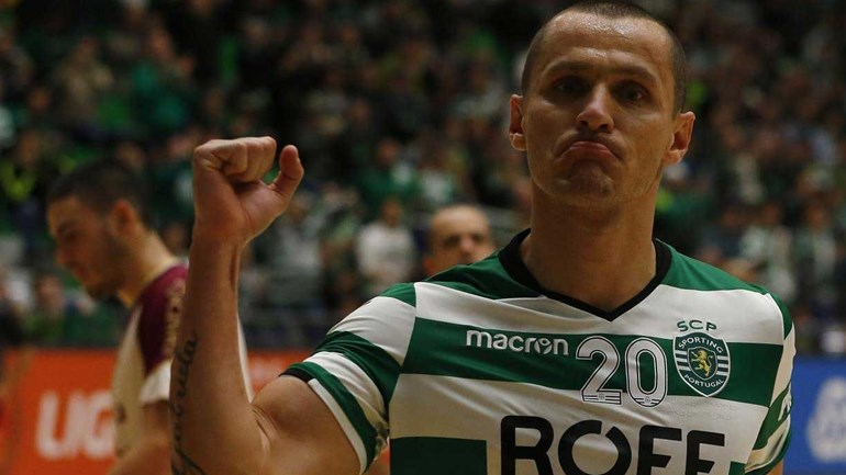 Resumo: Sporting de Braga vence Rio Ave por 2-1