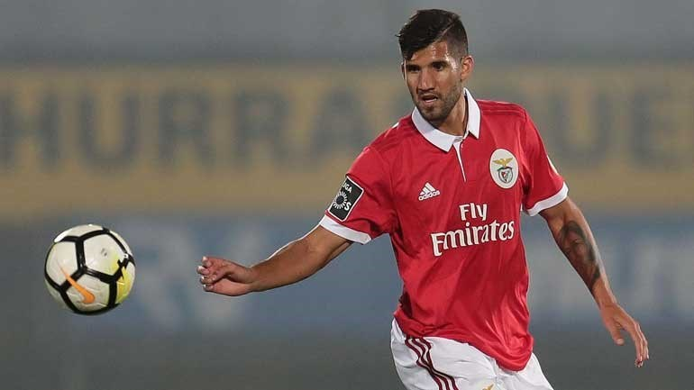 Lisandro López segue emprestado para Milão