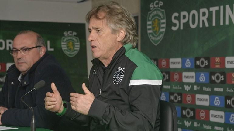 Taça da Liga: Oliveirense surpreende, V. Setúbal elimina Benfica e Braga