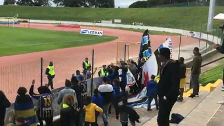 Bandeiras do Real só no final do jogo com o U. Madeira