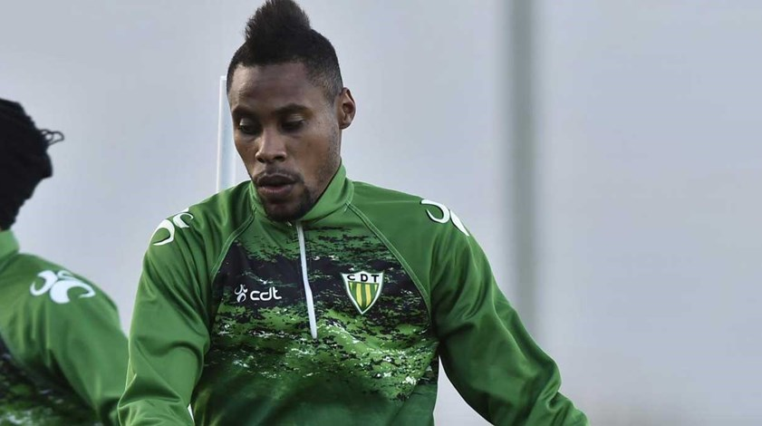 Wagner rescinde contrato com o Tondela