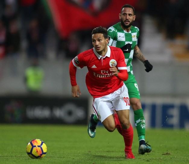 1-1 no Belenenses-Benfica: Jonas empata de livre no último lance