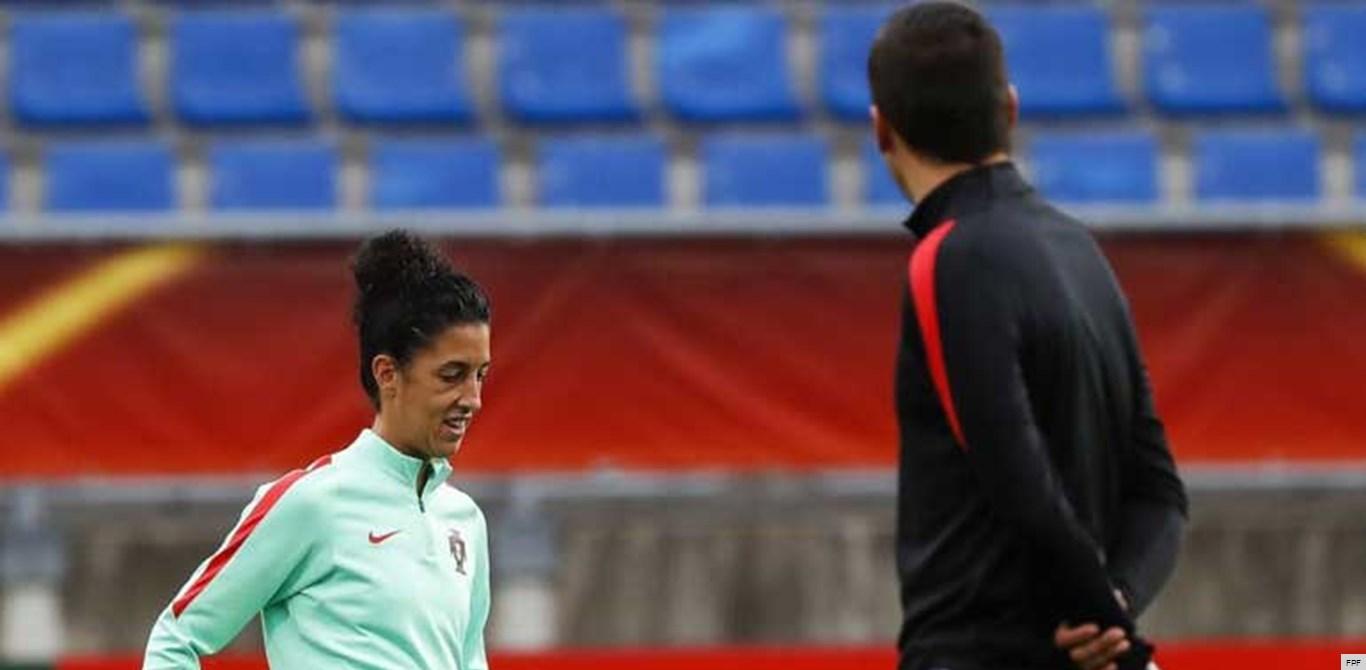 Cláudia Neto e duas estreantes na lista de convocadas para a Algarve Cup