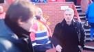 Mourinho foi ter com Conte para um cumprimento histórico