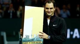Da emoção ao presente especial: Federer é o mais velho a liderar o ranking mundial