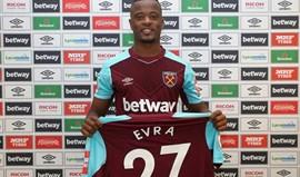 Oficial: Evra no West Ham até final da temporada