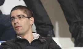 Antigo adjunto de Vítor Pereira na calha para suceder a Paulo Alves