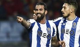 Sérgio Oliveira recebe testemunho nas bolas paradas