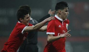 Benfica vence e segue imparável