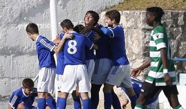 Sporting perde na deslocação ao Restelo