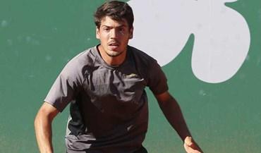 João Domingues vence e avança no 'qualifying' do Brasil Open