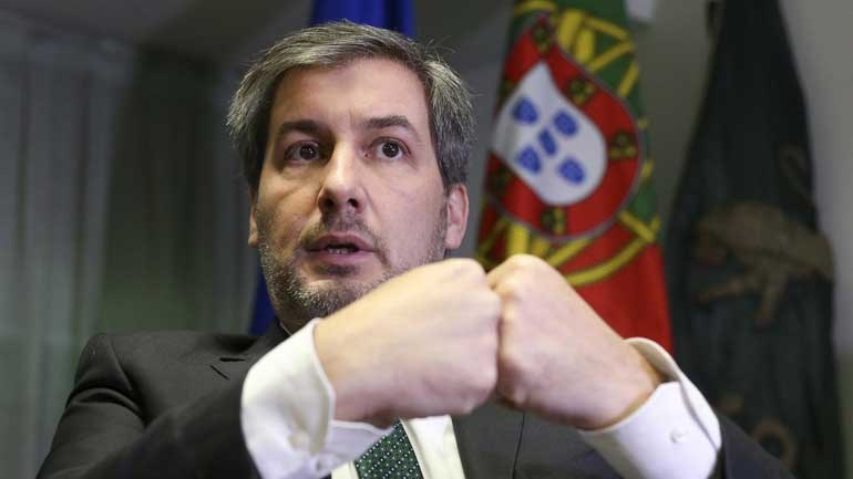 Bruno de Carvalho ameaça demitir-se. Assembleia-Geral suspensa