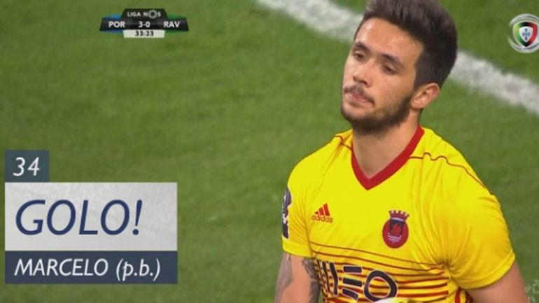 Marcelo marcou na própria baliza e o FC Porto chegou ao terceiro