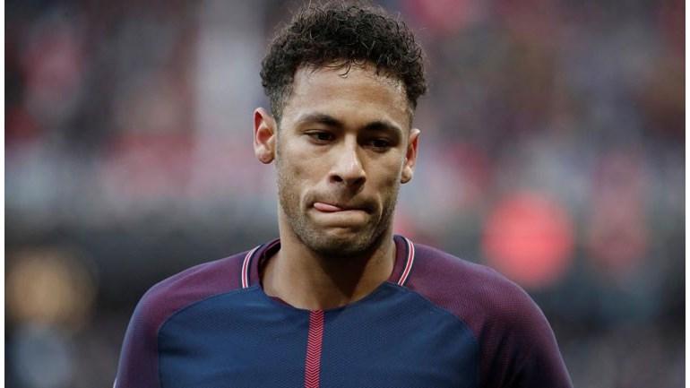 Após polêmica, Henry esclarece comparação entre Messi e Neymar