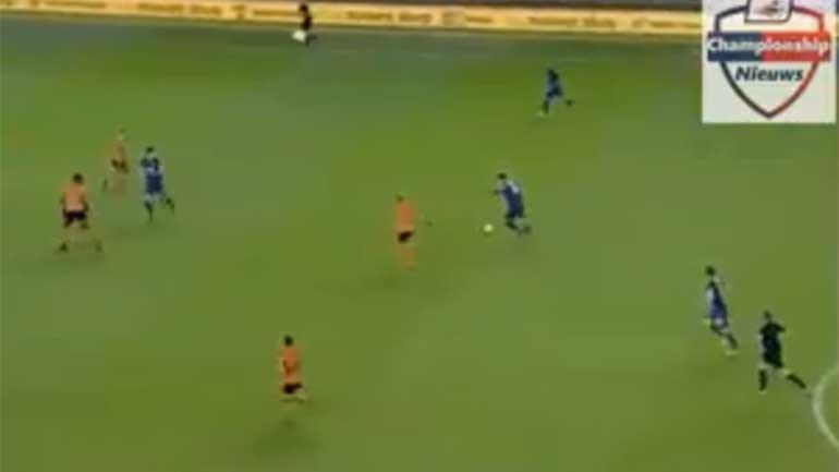Nélson Oliveira salva Norwich com golaço a 35 metros da baliza