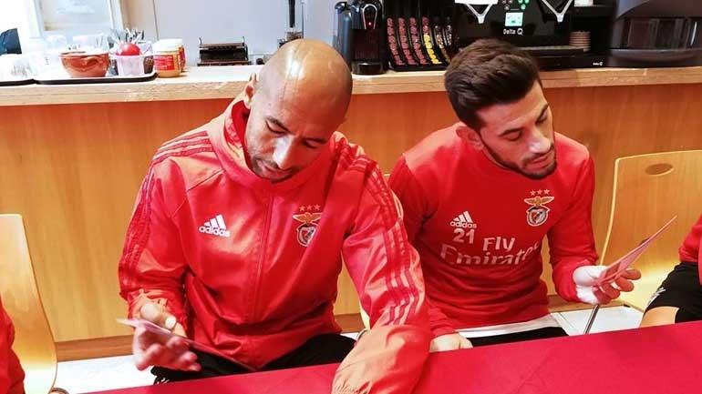 Jogadores da equipa A e B do Benfica elegem melhor onze de 2017