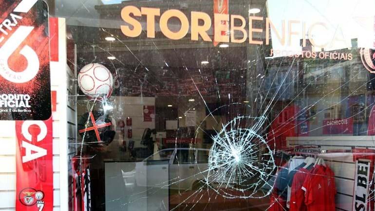 Casa do Benfica que Vieira inaugura sofre danos recorrentes